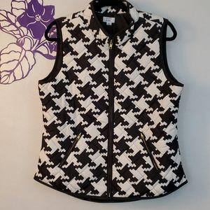 Crown & Ivy black white herringbone quilted vest